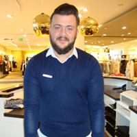 Sezer Akjol